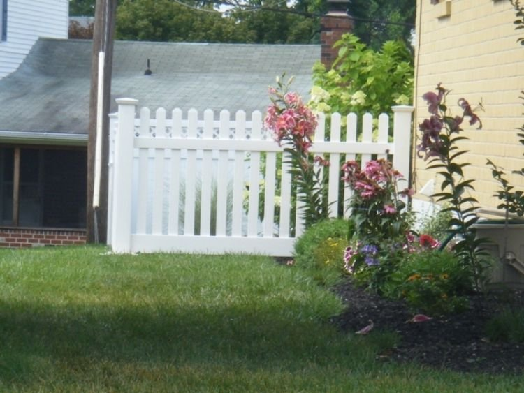 Fence types wooden privacy and vinyl styles for Terrace fence